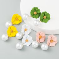 Korea's new flower earrings S925 silver needle hypoallergenic alloy inlaid pearl cute earrings wholesale NHLN210571