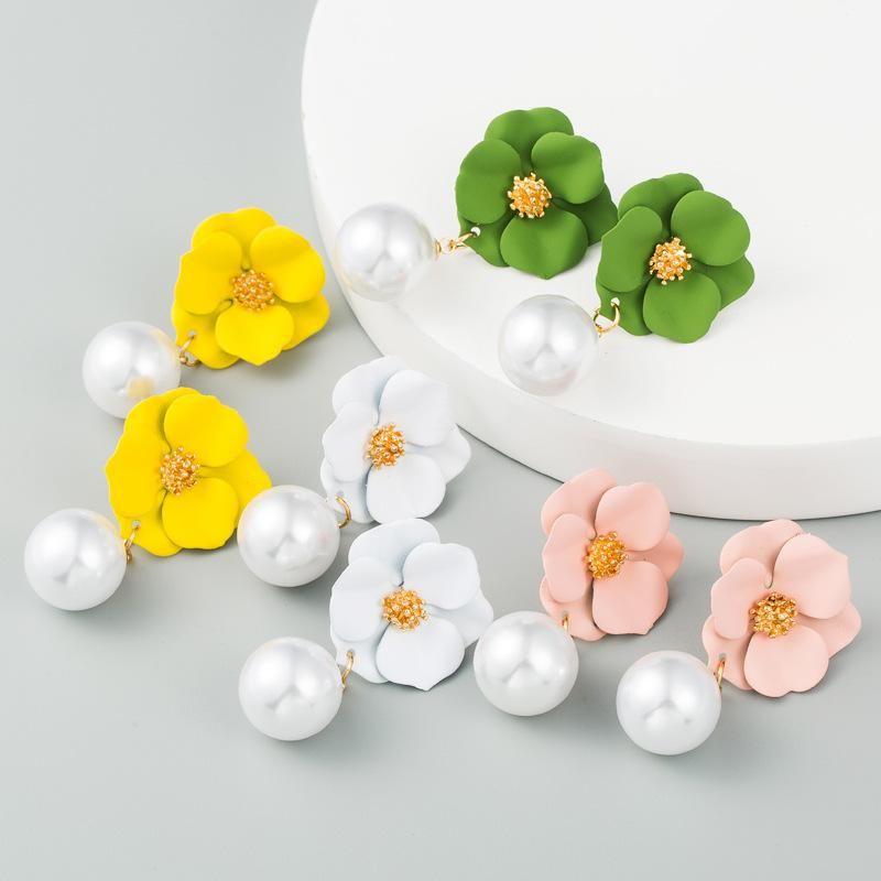 Korea's new flower earrings S925 silver needle hypoallergenic alloy inlaid pearl cute earrings wholesale NHLN210571
