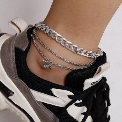 Nouvelle chaîne de torsion de mode chaussures simples exagérées chaîne épaisse petit papillon combinaison cheville pour femmes en gros NHXR210609's discount tags