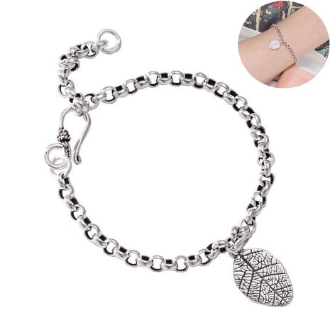 Korean new fashion retro leaf bracelet imitation s925 silver retro chain leaf bracelet yiwu nihaojewelry wholesale NHSC210818's discount tags