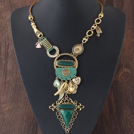 Metal wild exaggerated necklace yiwu nihaojewelry wholesale NHSC211315's discount tags