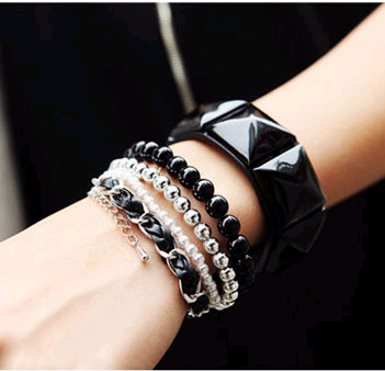 Korean fashion wild pearl woven rope multi-layer bracelet yiwu nihaojewelry wholesale NHSC211300's discount tags
