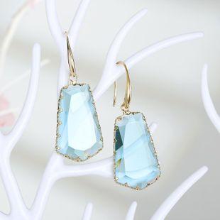 Pendientes de cristal trapezoidales exagerados de nueva moda pendientes de cristal irregulares al por mayor NHGO210849's discount tags