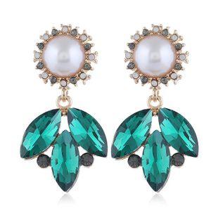 Corea nueva moda resina flores simples ramas rhinestone pendientes de perlas al por mayor NHVA211251's discount tags