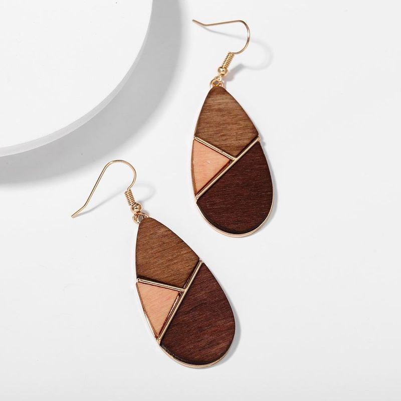 New fashion geometric wood stitching contrast color earrings retro simple brown earrings wholesale NHPJ211404