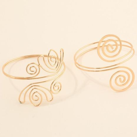 Nouveau mode rétro alliage creux motif géométrique brassard bracelet en métal en gros NHNZ211496's discount tags