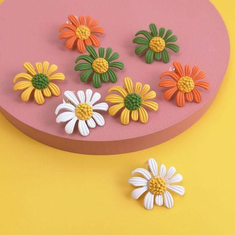 Nuevos pendientes coreanos de flores de margaritas de color de primavera con aguja de plata NHJJ212325's discount tags