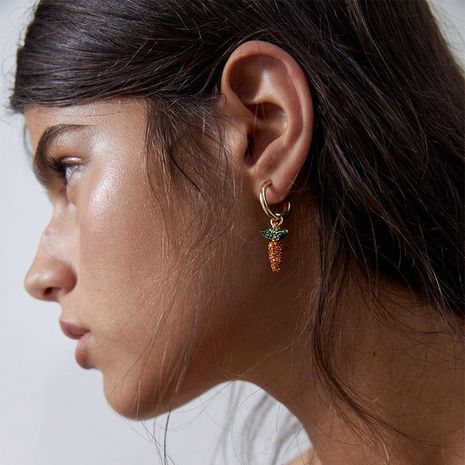 Nouveau mode mignon diamant boucles d'oreilles carotte de fruits pour les femmes en gros NHJQ212364's discount tags