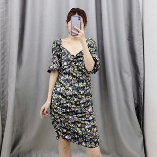Spring fashion simple heart-shaped collar floral print retro dress wholesale NHAM212939's discount tags
