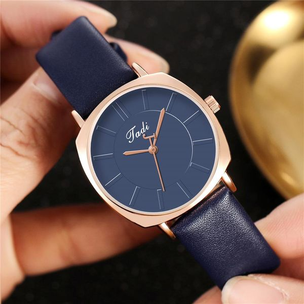 New Watch Women's Simple Square Case Women's Belt Casual Creative Second Hand Quartz Watch Wholesale NHHK207055