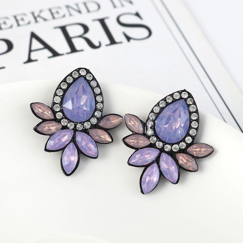 Korean retro fashion creative simple small fresh flower earrings NHPS207017