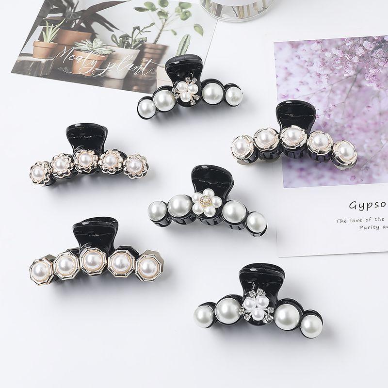 New Fashion Pearl Hair Clip Acrylic Diamond Clamp Flower Ponytail Hair Clip Wholesale NHDM206651