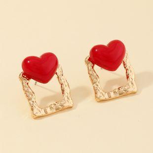 Nueva moda metal cuadrado salvaje rojo melocotón corazón pendientes nihaojewelry al por mayor NHNZ213285's discount tags