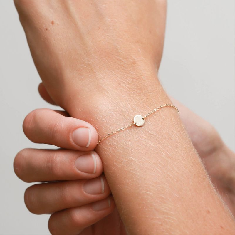 Korean fashion small round bracelet temperament simple jewelry romantic Valentine39s Day gift stainless steel bracelet wholesale yiwu nihaojewelry NHJJ213305
