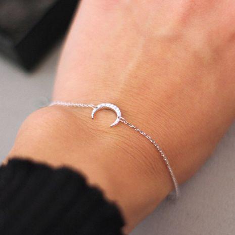 chaud en acier inoxydable fine chaîne bracelets croissant mode bracelet réglable en acier inoxydable bracelet en gros yiwu nihaojewelry NHJJ213307's discount tags