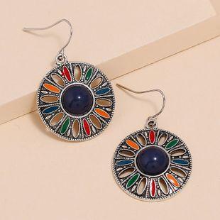 Nuevos pendientes de estilo étnico bohemio moda retro hueco redondo pendientes de piedras preciosas nihaojewelry al por mayor NHKQ213348's discount tags
