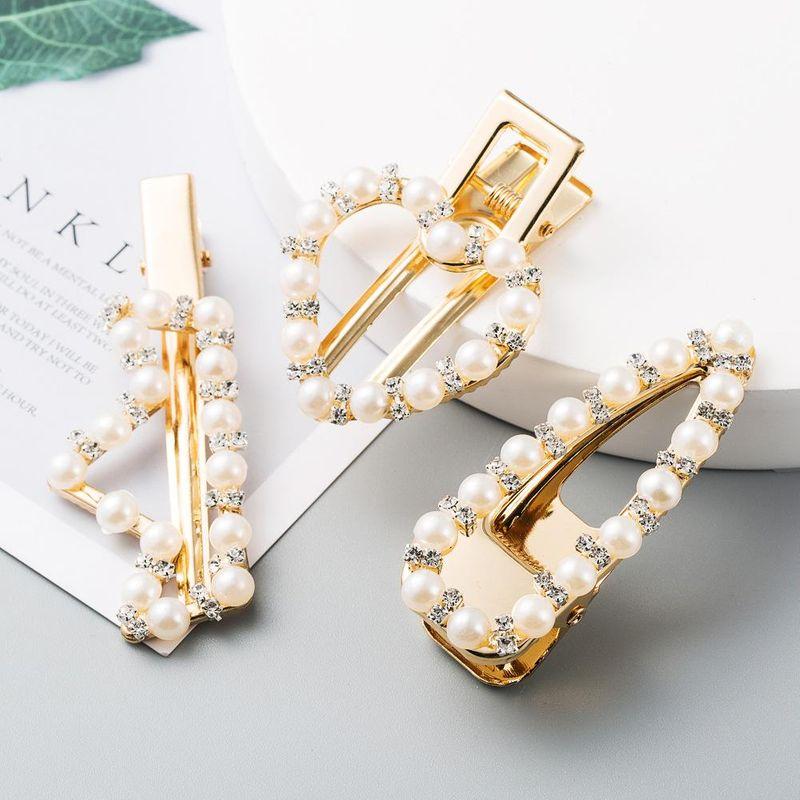 Korean geometric hollow hairpin pearl rhinestone cheapBB clip wholesale NHLN207239