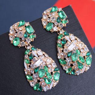 Pendientes exagerados de gota de agua de piedras preciosas brillantes de metal simple yiwu nihaojewelry al por mayor NHSC208663's discount tags