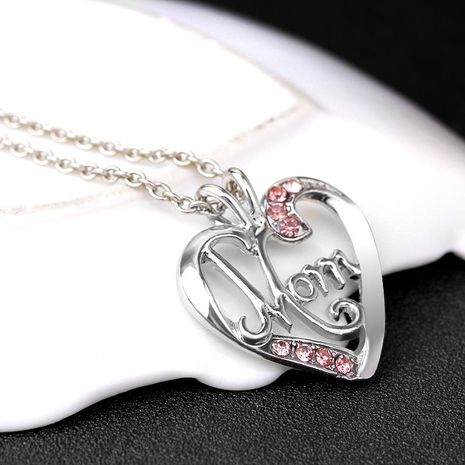 New fashion creative mother's day gift MOM love diamond pendant necklace yiwu nihaojewelry wholesale NHMO207857's discount tags