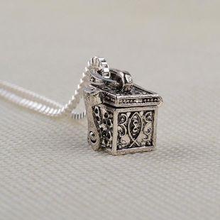 Hot fashion retro box animal pet box pendant necklace yiwu nihaojewelry wholesale NHMO208011's discount tags