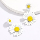 Korean  fashion  small fresh alloy spray paint small daisy flower earrings nihaojewelry wholesale  NHJE215122