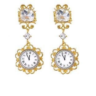 Nueva personalidad personalidad salvaje retro antiguo reloj tiempo pendientes pendientes pendientes de diamantes de imitación nihaojewelry al por mayor NHNT215349's discount tags