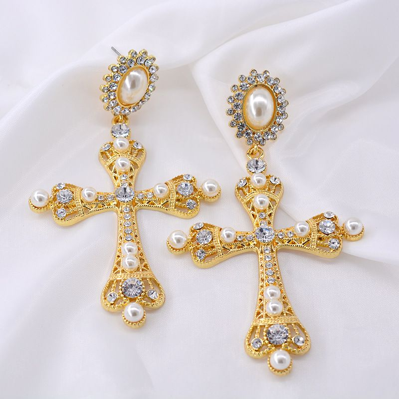 New Korean  Baroque long cross earrings pink crystal tassel palace retro cold wind earrings nihaojewelry wholesale NHNT215369