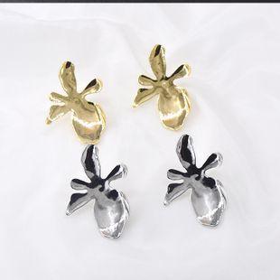 925 silver needle hypoallergenic maple leaf metal retro earrings  baroque fashion  earrings  nihaojewelry wholesale NHNT215376's discount tags