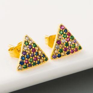 Nueva moda simple triángulo geométrico pendientes mujer hip hop estilo cobre micro-set color circón pendientes nihaojewelry al por mayor NHLN215438's discount tags