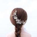 Mode corenne coiffure de marie acrylique blanc lgant fleur peigne  cheveux perle de riz cristal exquis peigne accessoire de cheveux NHHS216040