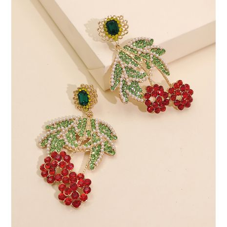 nouvelle personnalité de la mode boucle d'oreille tendance mignon créatif populaire diamant boucles d'oreilles fruits nihaojewelry gros NHJJ216108's discount tags