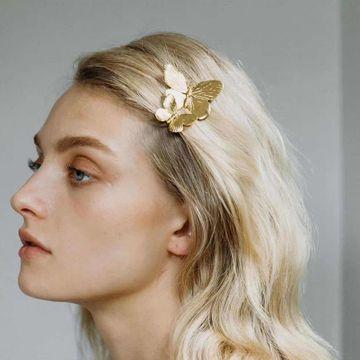 moda nueva simple exagerada nombre grande personalidad diseño sentido nicho estilo aleación mariposa horquilla palabra clip retro accesorios para el cabello nihaojewelry al por mayor NHJE216112