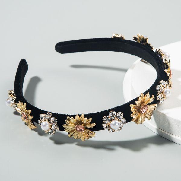 fashion new hair accessories inlaid rhinestone pearl baroque flower headband female creative retro wreath headband nihaojewelry wholesale NHLN216121