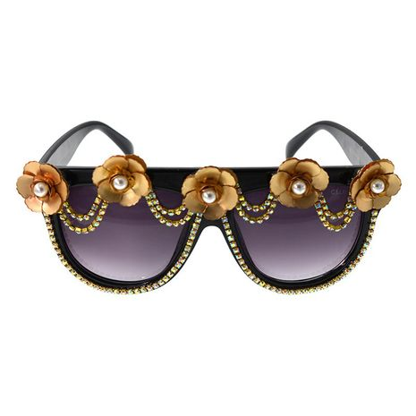 Summer Retro fashion  Retro Charming Elegant Cat Eye Diamond  Sunglasses Flower Crystal Sunglasses nihaojewelry wholesale NHNT216270's discount tags