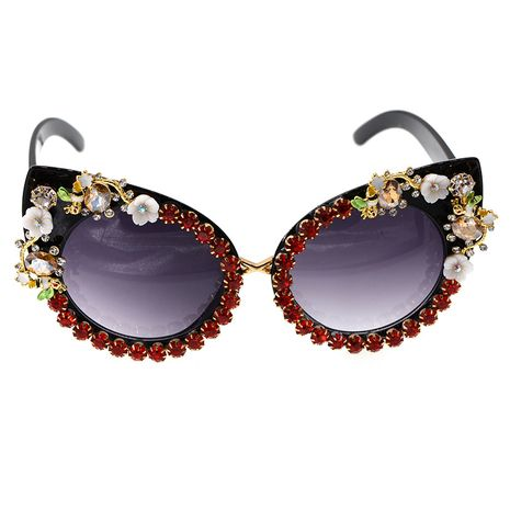 fashion new  personality Korean  diamond cat eyes UV protection fashion wild carved baroque sunglasses sunglasses nihaojewelry wholesale NHNT216273's discount tags