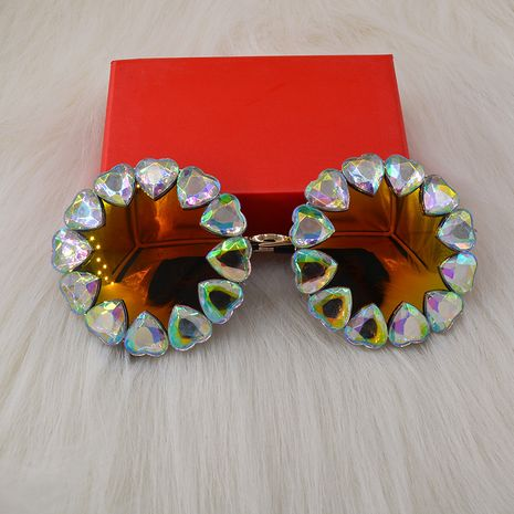 Korean fashion New nightclub wild carved baroque catwalk  diamond peach heart color film sunglasses wholesale NHNT216278's discount tags