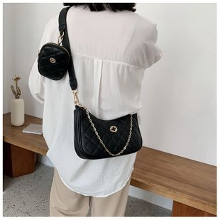 summer new French niche  bag medieval crescent bag shoulder messenger portable chain bag nihaojewelry wholesale NHGA216827's discount tags