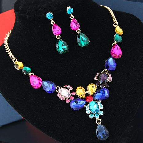 fashion metal bright luxury flowers water droplets bridal accessories temperament exaggerated bridal necklace earrings set wholesale NHSC217020's discount tags