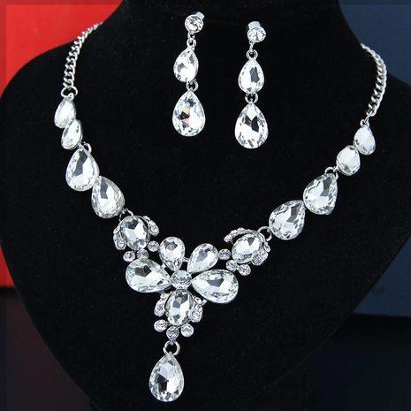 fashion metal bright luxury flowers water droplets bridal accessories exaggerated bridal necklace earrings set wholesale NHSC217019's discount tags