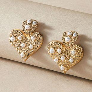 Fashion jewelry fashion temperament love earrings ladies street beat retro pearl metal earrings NHNZ217179's discount tags
