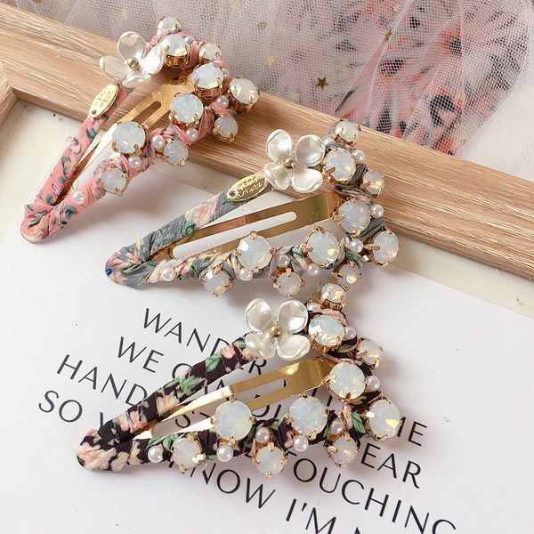 Korean protein diamond shell flower triangle floral wild clip Liuhai clip hair ornament headdress wholesale NHHI217445