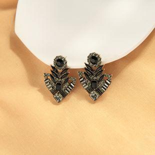 pendientes de diamantes de cristal s925 aguja de plata pendientes de piedras preciosas huecas banquetes pendientes de flores silvestres al por mayor NHQD217499's discount tags
