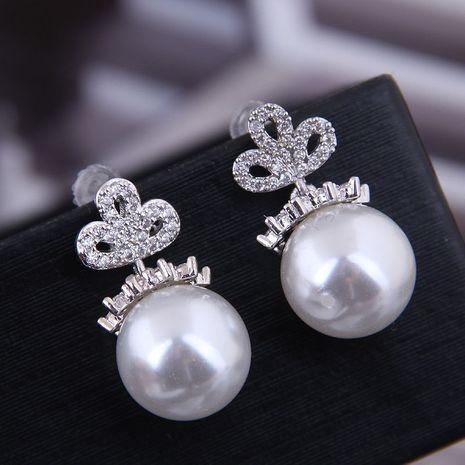Exquis 925 argent post coréen mode cuivre Micro incrustation de zircon perle boucles d'oreilles en gros NHSC218101's discount tags