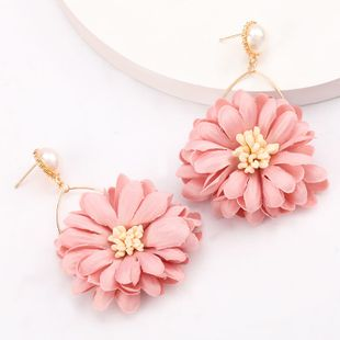 fashion exaggerated big-name fabric flower chrysanthemum earrings retro temperament earrings wholesale nihaojewelry NHJE218083's discount tags