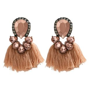 Exaggerated style multi-layer drop-shaped rhinestone diamond tassel earrings retro ethnic wind earrings wholesale nihaojewelry NHJE218087's discount tags