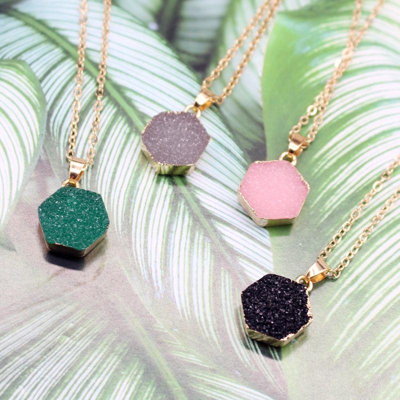 fashion resin necklace nihaojewelry wholesale simple hexagonal necklace new imitation natural stone pendant necklace resin decoration Yiwu NHGO218135
