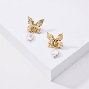 fashion big-name jewelry metal popular butterfly natural pearl earrings wholesale nihaojewelry NHLU218199's discount tags