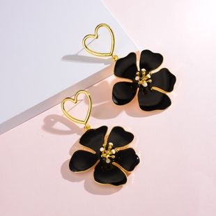 fashion earrings new gold-plated flower earrings ladies street shooting fashion love earrings wholesale nihaojewelry NHOT219216's discount tags