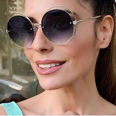 new round frame diamond sunglasses fashion craft metal temples sunglasses women sunglasses wholesale nihaojewelry NHFY218342's discount tags