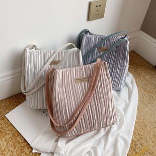new fashion simple  foreign  pleated shoulder bucket bag female simple wild large capacity casual armpit bag nihaojewelry wholesale NHPB218708's discount tags